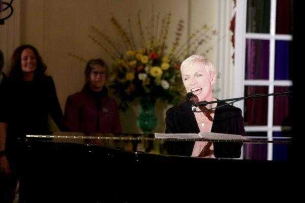 Annie Lennox Why Top2000 2017