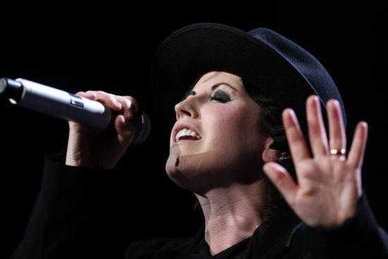 Cranberries Ode to my family Top 2000 2017