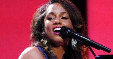 Alicia_Keys_2011 Top 2000